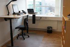 Tingkatkan Produktivitas dengan Meja