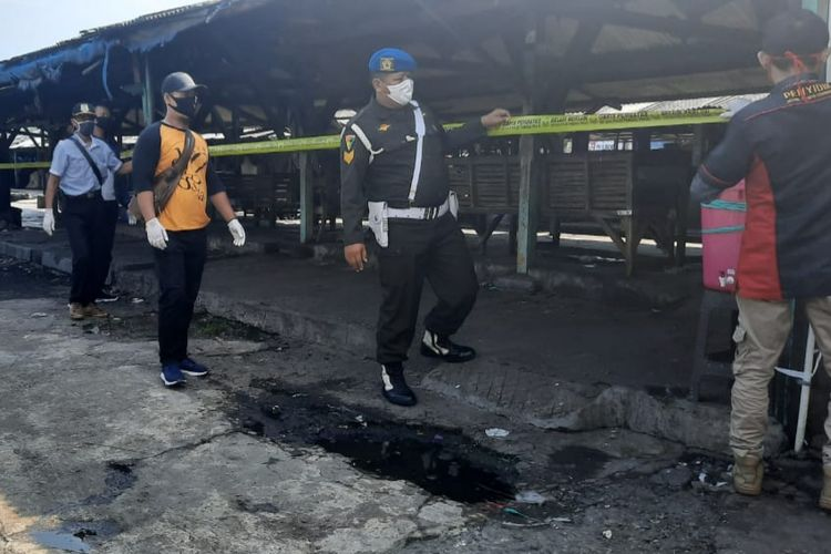 Suasana Pasar Kobong usai ditemukan klaster baru penyebaram Covid-19.