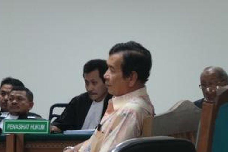 Direktur Eksekutif Asosiasi Pengusaha Importir Daging Indonesia (Aspidi) Thomas Sembiring bersaksi di Pengadilan Tindak Pidana Korupsi, Jakarta, Senin (29/7/2013). Thomas menjadi saksi untuk terdakwa Luthfi Hasan Ishaaq dalam kasus dugaan korupsi kuota impor daging sapi.