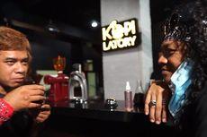 Unik, Pengunjung di Kafe Ini Bisa Buat Kopinya Sendiri Bak Barista