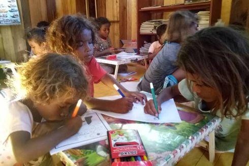 Jalan Terjal Pretty Bangun 6 Taman Baca di Papua Barat, Ditentang Orangtua hingga Alami Kecelakaan
