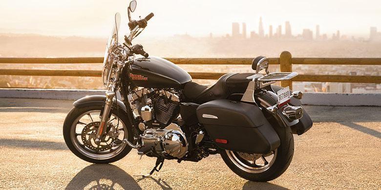 Bobotnya lebih ringan 53 kg dibandingkan model touring Harley-Davidson lainnya.