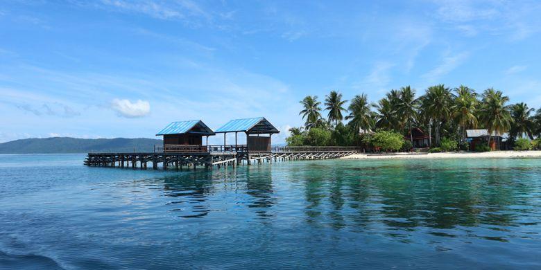 Pulau Arborek di Kabupaten Raja Ampat, Papua Barat.