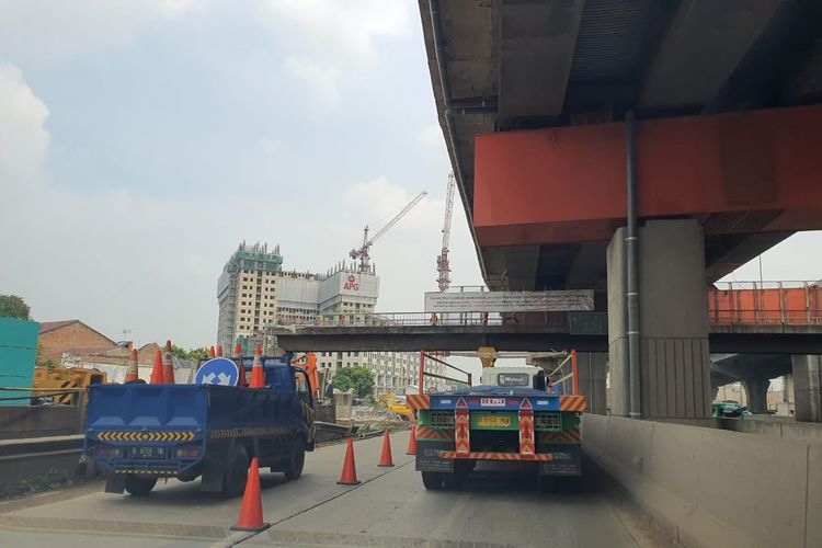 Jalan Tol Jakarta-Cikampek.