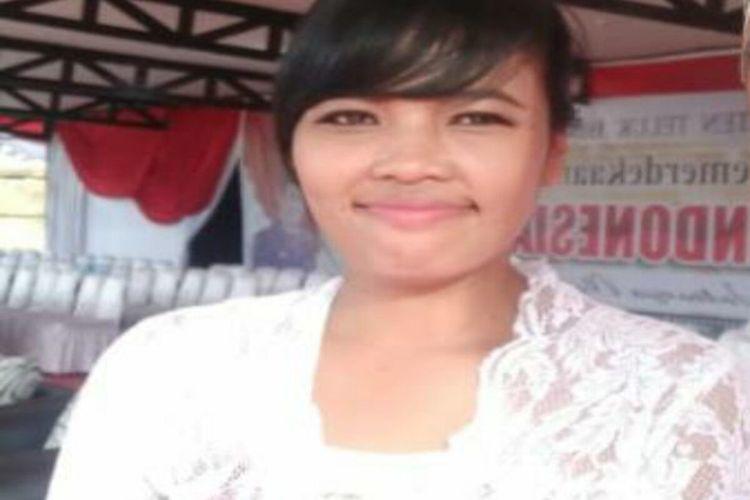 2. Guru Honorer SMPN Terpadu, Teluk Bintuni Natalia Dessy Wulaningrum