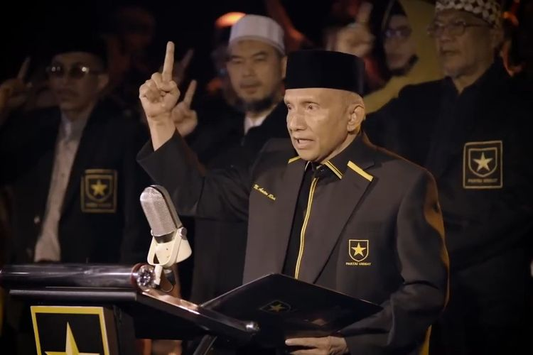 Ketua Majelis Syuro Partai Ummat Amien Rais mendeklarasikan berdirinya Partai Ummat, Kamis (29/4/2021).