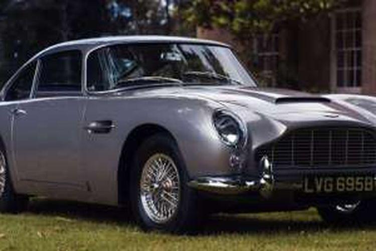 Aston Martin DB5 1964 dibeli via online seharga Rp 11,8 miliar.