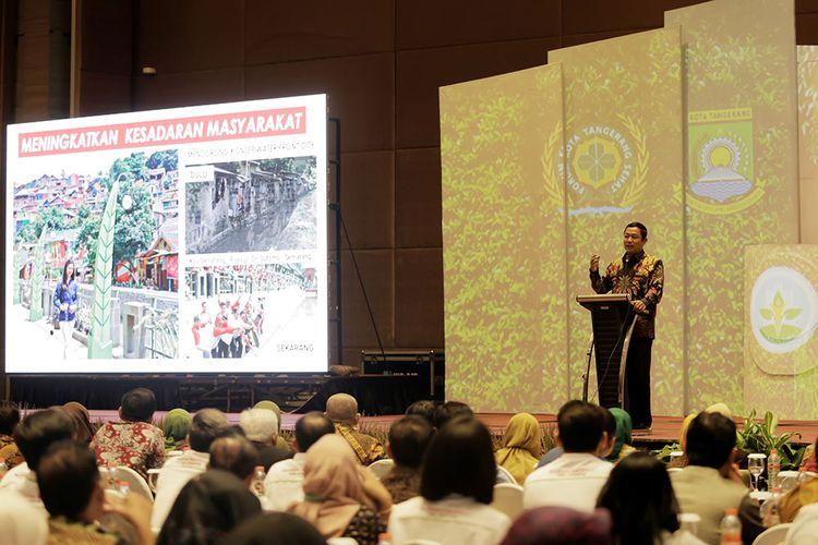 Wali Kota Semarang Hendrar Prihadi Saat Menjadi Narasumber Dalam Acara SUMMIT Seminar Kabupaten Kota Sehat Di Tangerang.