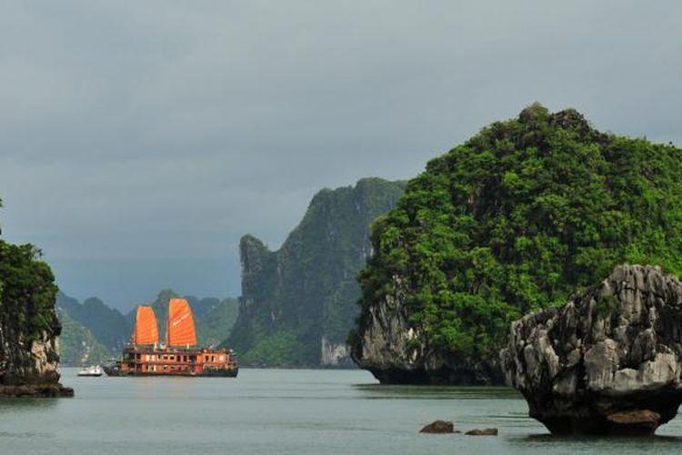 Ha Long Bay di Vietnam