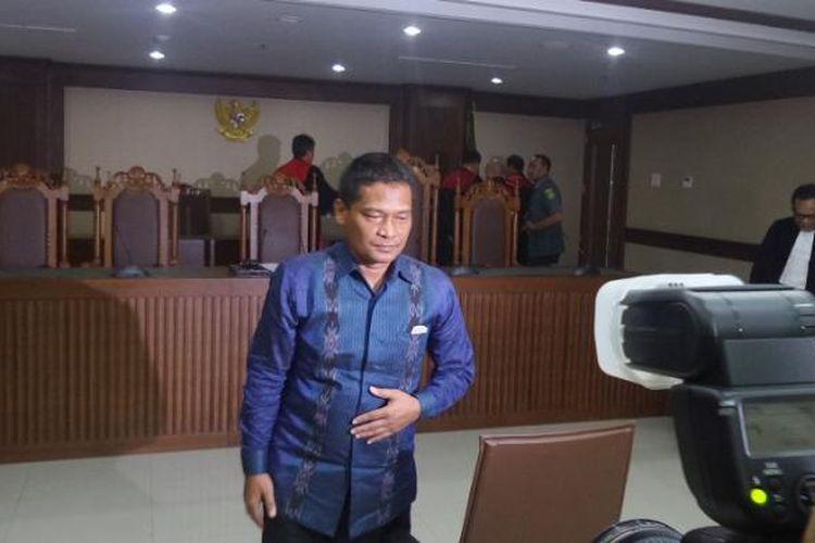Panitera Pengadilan Negeri Jakarta Utara Rohadi, seusai sidang dakwaan di Pengadilan Tipikor Jakarta, Senin (5/9/2016).