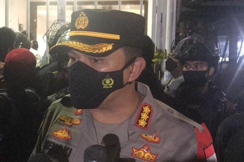 Barang yang Ditemukan Polisi saat Geledah Markas FPI Berupa Bubuk dan Kaleng