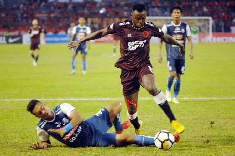 Pesepak bola PSM Makassar, Nke Ondoua Guy Junior.