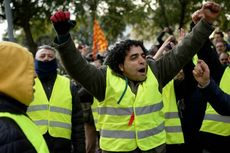 Pakai Rompi Kuning, Sopir Taksi Spanyol Protes Transportasi
