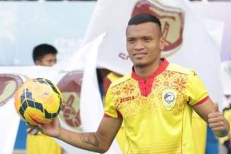 Striker anyar Sriwijaya FC, Ferdinand Sinaga.