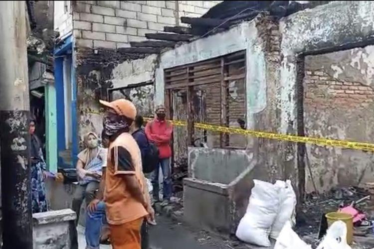 Suasana Jalan Batu Raya Gang Batu Virus RT 05/07, Menteng Atas, Setiabudi, Jakarta Selatan pada Jumat (27/11/2020) pagi.