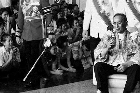 Raja Thailand Meninggalkan Rumah Sakit