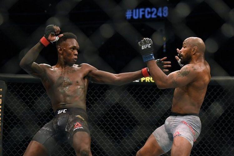Duel Israel Adesanya vs Yoel Romero dalam pertarungan UFC 248 yang digelar di T-Mobile Arena, Las Vegas, Amerika Serikat, Minggu (8/3/2020).