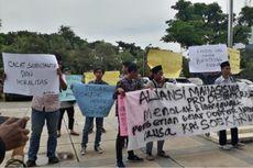 Mahasiswa Protes Rencana Gelar Doktor Honoris Causa untuk Soekarwo