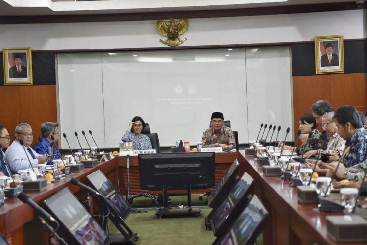 Pertemuan Menteri Pendidikan dan Kebudayaan (Mendikbud), Muhadjir Effendy dan Menteri Keuangan (Menkeu), berlangsung pada Selasa (23/1/2019), di kantor Kementerian Keuangan, Lapangan Banteng, Jakarta.