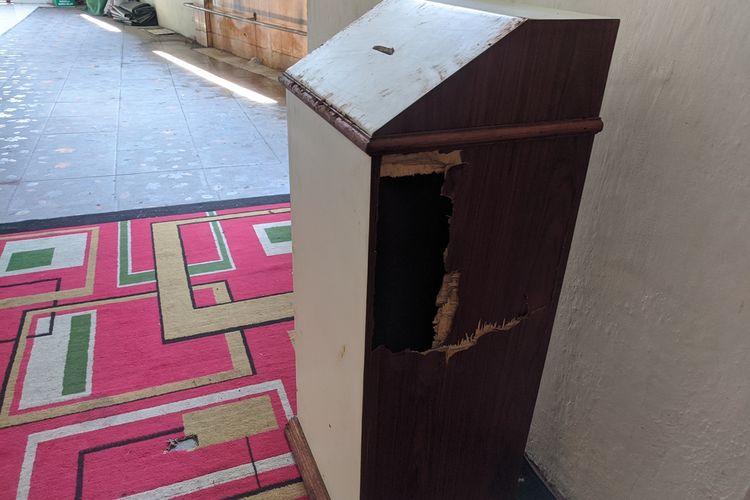 kotak amal Mushala Nurul Islam di Sunter Agung, Tanjung Priok, Jakarta Utara yang dicuri pada Sabtu (30/11/2019) dini hari .