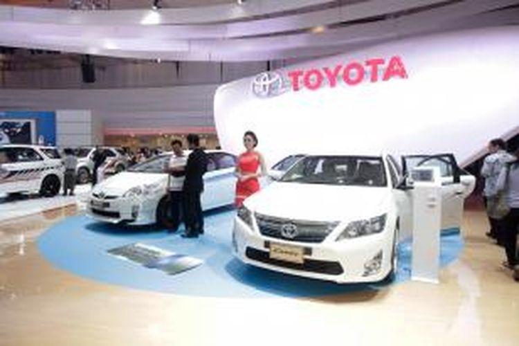 Stan Toyota dalam pameran 22nd Indonesia International Motor Show 2014, di JIExpo, Kemayoran, Jakarta Utara, Kamis (18/9/2014). Pameran otomotif terbesar di Indonesia ini akan berlangsung hingga 28 September 2014.