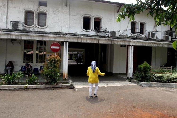 Bekas pabrik opium pada zaman Hindia Belanda yang saat ini berubah menjadi ruang kelas FKUI di Salemba, Jakarta Pusat, Sabtu (20/10/2018).