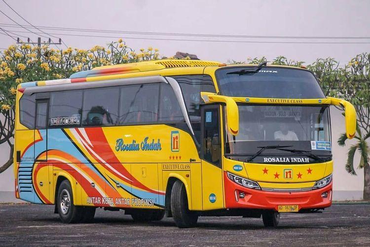 Bus AKAP Rosalia Indah