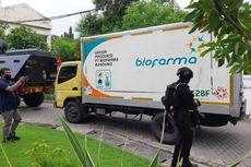 Dikawal Ketat Polisi, 77.760 Dosis Vaksin Covid-19 Sinovac Tiba di Surabaya