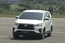 Cuma 50 Unit, Begini Rasanya Geber Toyota Innova Limited Edition