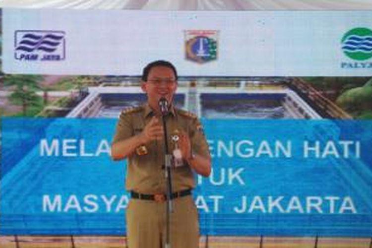 Gubernur DKI Jakarta Basuki Tjahaja Purnama saat memberikan sambutan dalam peresmian teknologi Moving Bed Bio-Film Reactor (MBBR), di Palyja, Jakarta Pusat, Selasa (19/5/2015).