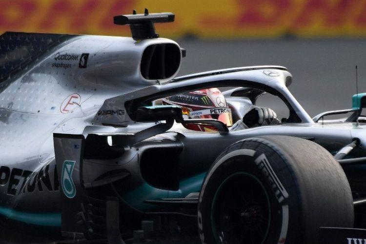 Lewis Hamilton meraih kemenangan pada balapan F1 GP Meksiko di Mexico City, 27 Oktober 2019.