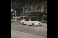 Sopir BMW Ugal-ugalan Tabrak Ruko, Mobil Terbakar Tewaskan 5 Orang
