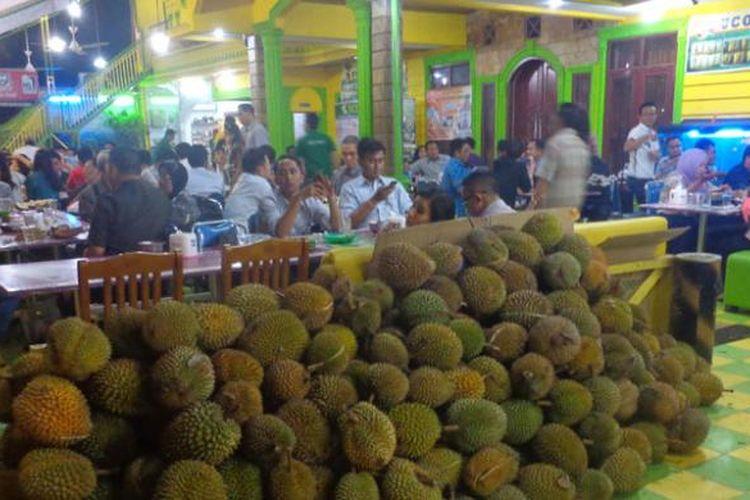 Ucok Durian di Medan, Sumatera Utara.