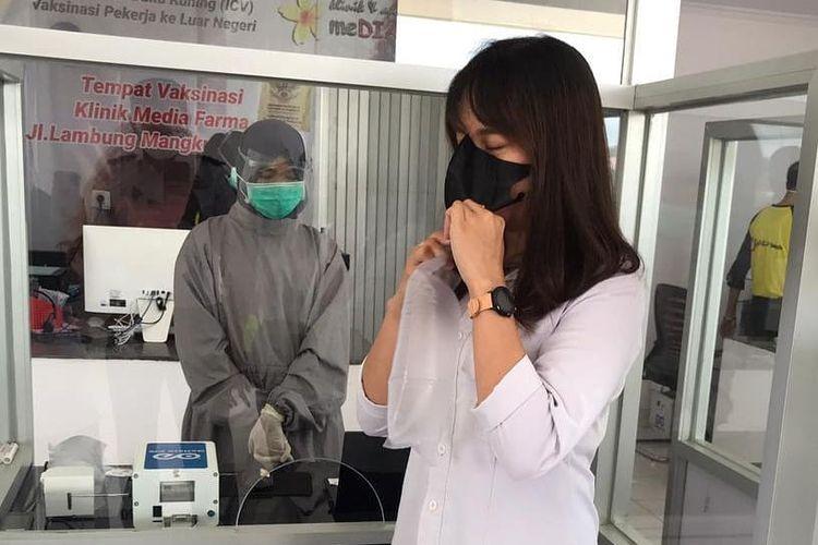 El domingo (28/3/2021) el aeropuerto EPT Pranoto en Kalimantan oriental está probando el dispositivo de detección Kovid-19 Genos C19 en Samarinda.