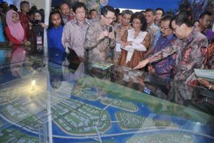 Komisaris PT TWBI, Leemarvin Lieano, pada konferensi nasional yang dibuka Menteri Kelautan dan Perikanan, Susi Pudjiastuti, Rabu (19/11/2014) lalu itu, mengatakan bahwa pihaknya akan memaparkan rencana revitalisasi Teluk Benoa kepada ratusan peserta konferensi dari berbagai daerah, termasuk sejumlah pakar.