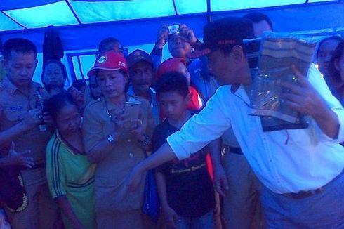 Susuri Ciliwung, Mesin Perahu Wagub DKI Berkali-kali Tersangkut Sampah