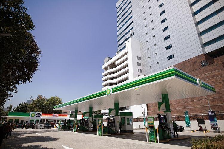 Perlu diketahui bahwa saat ini BP-AKR sudah mengoperasikan 13 Stasiun Pengisian Bahan Bakar Umum (SPBU) yang tersebar di Jakarta dan Surabaya.