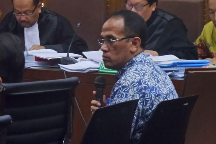 Ketua Panitia Lelang Proyek e-KTP Drajat Wisnu Setyawan bersaksi di Pengadilan Tipikor Jakarta, Kamis (20/4/2017).