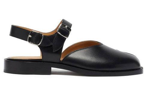 Koleksi Sandal dari Tiga Rumah Mode Ternama, Berapa Harganya?