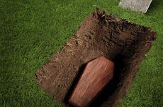 Pemkot Bekasi Segera Pindahkan Makam yang Tertimbun Sampah