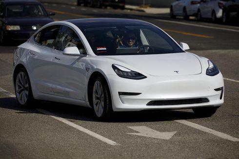 Meleset dari Target Elon Musk, Penjualan Tesla Tetap Cetak Rekor