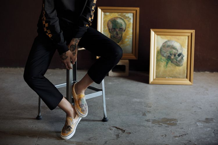 Koleksi Vans x Van Gogh