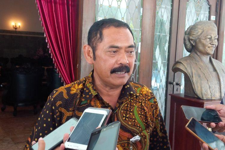 Wali Kota Surakarta FX Hadi Rudyatmo ditemui di rumah dinas Loji Gandrung Solo, Jawa Tengah, Selasa (24/3/2020).