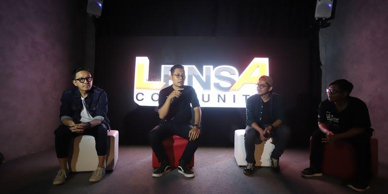 Lensa Academy itu sendiri merupakan kegiatan workshop dan kompetisi para pegiat seni visual berbasis lensa yang dijalankan di 10 kota besar di Indonesia