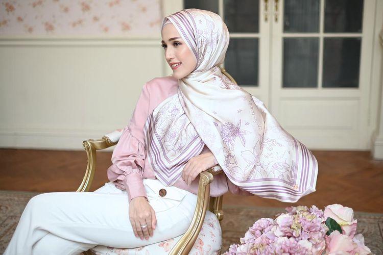 Versailles series kolaborasi Halwa dan Adelia Pasha.