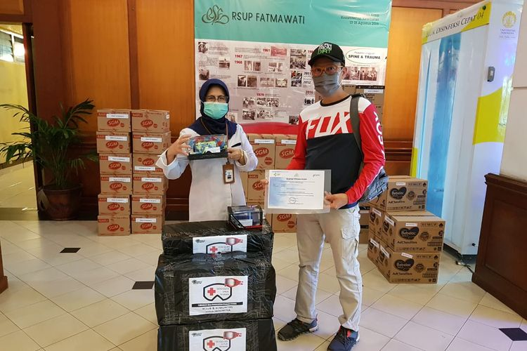Komunitas Pencinta Motocross Donasikan 1.000 Goggles untuk APD