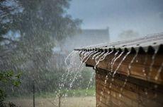 Hujan Angin Landa Sukabumi, 31 Rumah Rusak