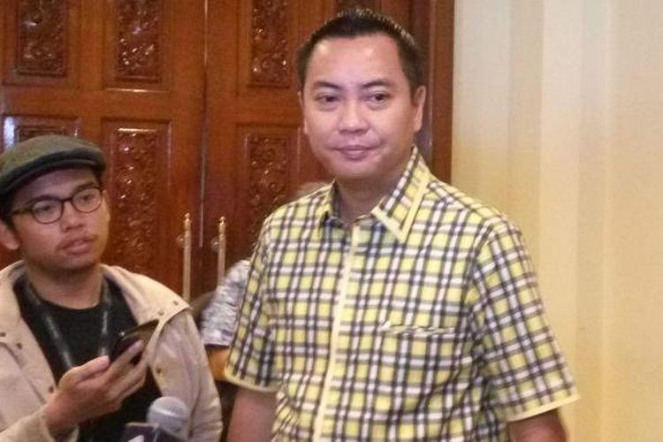 Tim pemenangan pasangan calon gubernur dan wakil gubernur nomor pemilihan dua, Basuki Tjahaja Purnama-Djarot Saiful Hidayat, Fayakhun Andriadi saat di Hotel Sari Pan Pacific, Jakarta Pusat Jumat (27/1/2017).