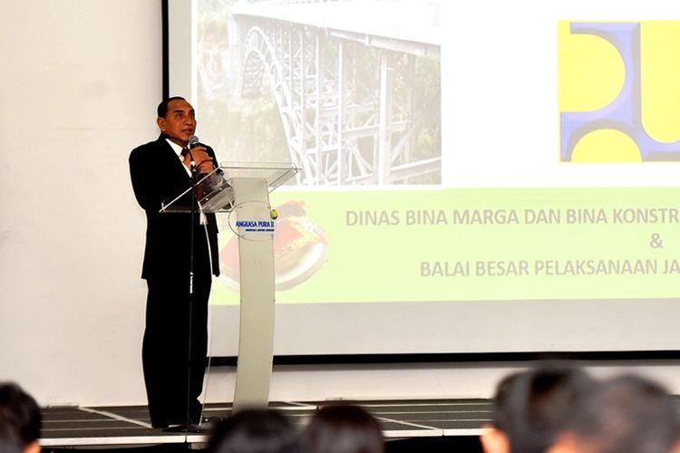 Gubernur Sumut Edy Rahmayadi menerima kunjungan kerja Komisi V DPR RI di Bandara Kualanamu, Deliserdang, Kamis (5/12/2019)