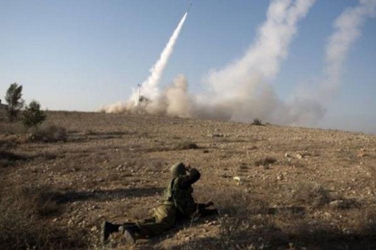 Sistem pertahanan udara Iron Dome milik Israel.